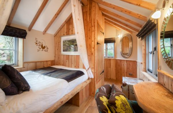 double bedroom in the treehouse