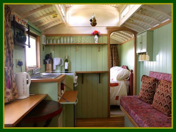 Showmans wagon 1st cabin