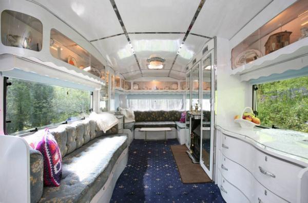 Showman S Caravan