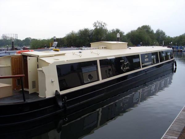 luxury wide beam narrowboat