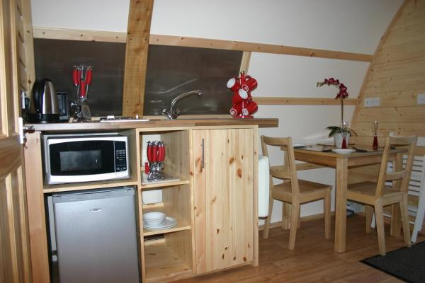 kitchenette and dining area in ensuite wigwam