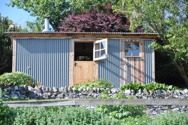 The Gardeners Hut