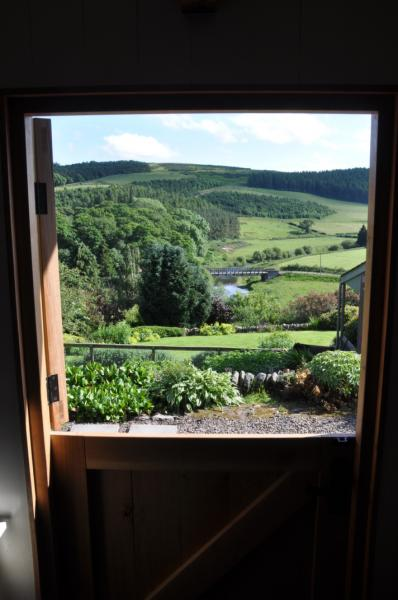 stunning outlook to rural surroundings