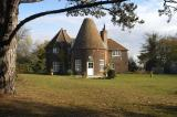 Oast house sleeping up to 12