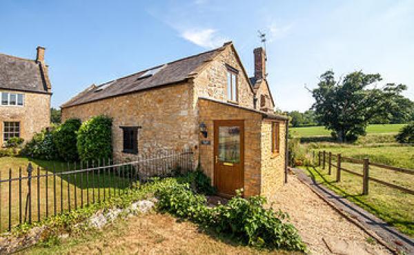 Oaktree Barn