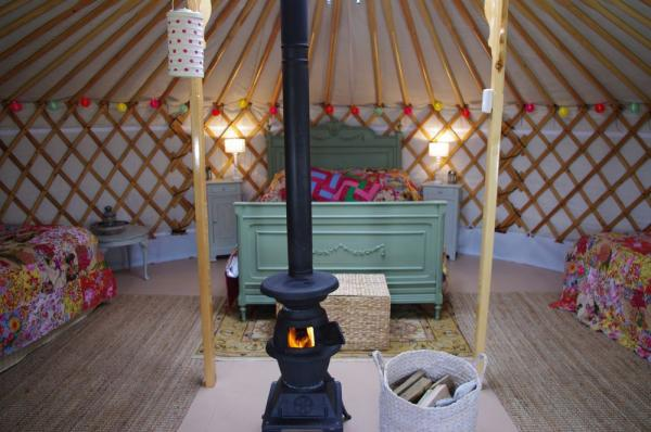 the Yurt at Midland Farm interior