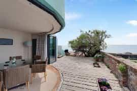 Strangway Beach House lower decking