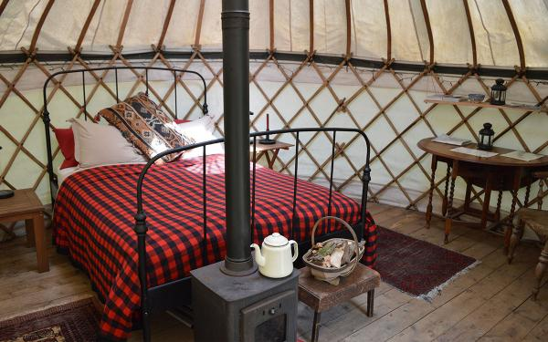 yurt interior at Adhurst