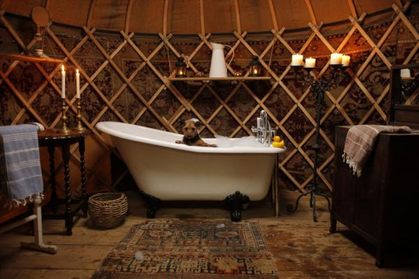the bath in Willow Yurt