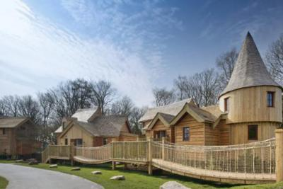 Alton Towers Lodges Treehouses Themed Hotels